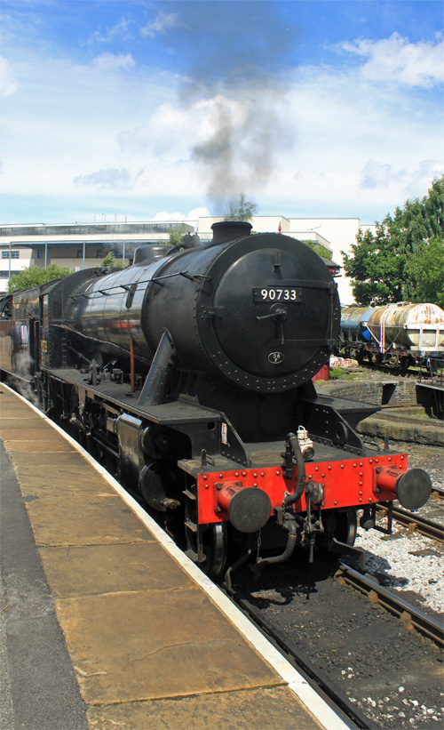 Keighley & Worth Valley Railway -WDAusterity 2-8-0 90773